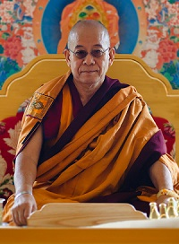 Khenchen Pema Sherab visited Lerab Ling in May/June 2010 to teach on Mipham Rinpoche's 'Beacon of Precoius Certainty' as part of Rigpa's Shedra West program.